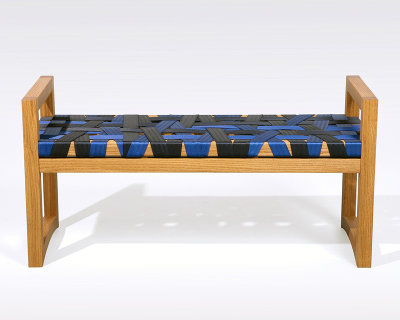 04solar-strap-bench-front