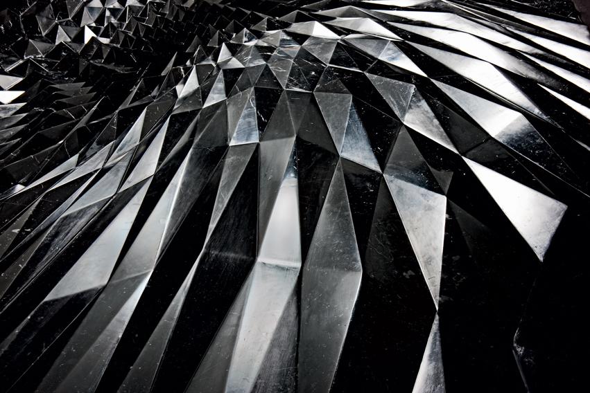 Citco_Zaha-Hadid_Thorn-(1)