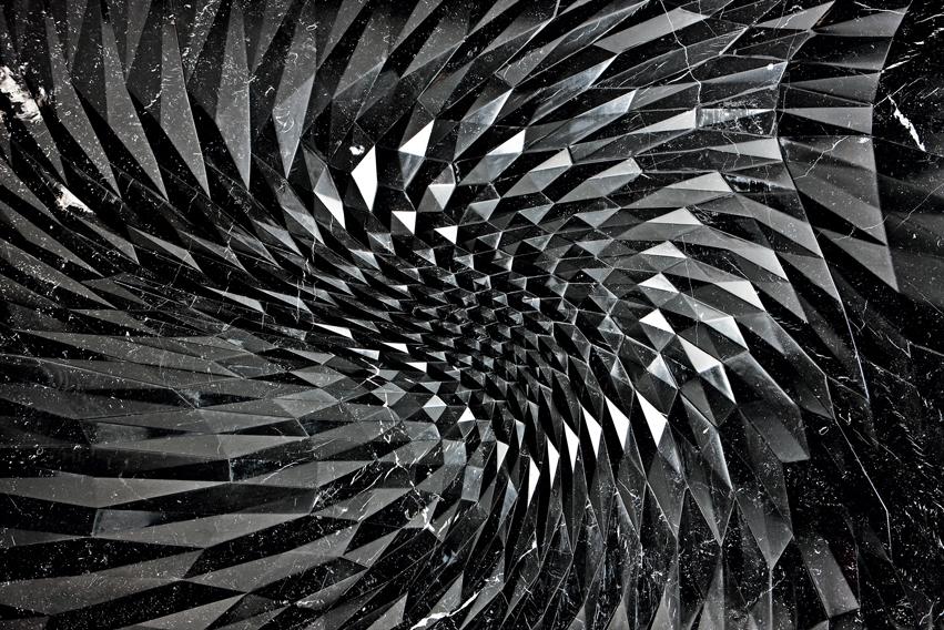 Citco_Zaha-Hadid_Thorn-(2)